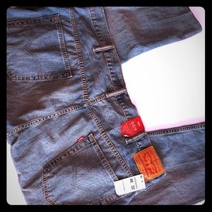 NWT 569 Loose Straight Levi's 40x27 Altered Inseam